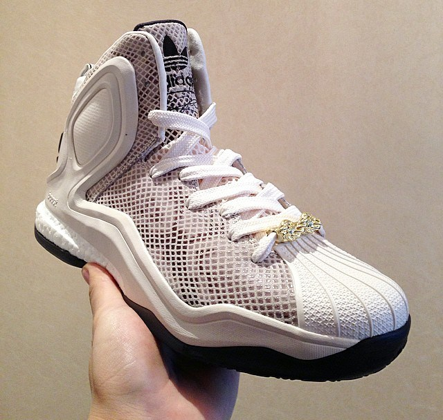 6a336fb1f1e1 adidas D Rose 5 Boost  Superstar  - WearTesters
