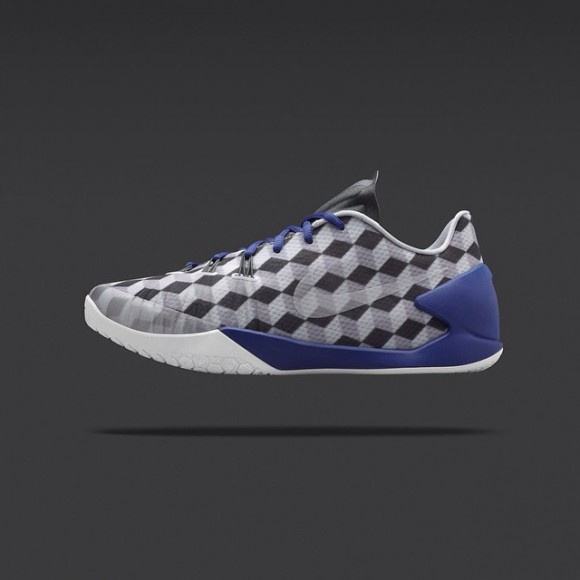 new arrival b3590 fb803 Fragment x Nike HyperChase - NikeLab Release Info1