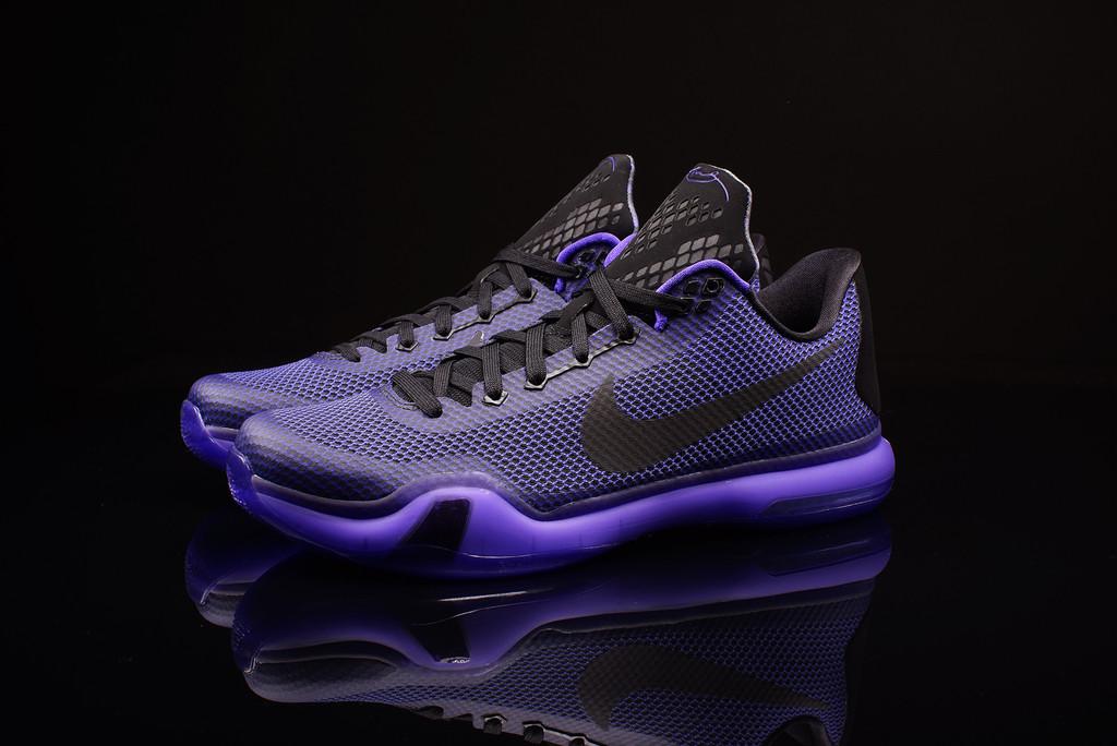 6b3cb49315d45 Nike Kobe X  Blackout  - Up Close   Personal - WearTesters