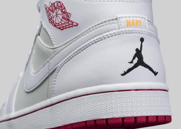 Air Jordan 1 Retro 'Hare' & 'Lola' - Official Look 6