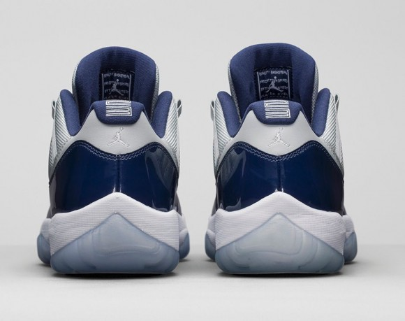 Air Jordan 11 Retro Low 'Georgetown: Grey Mist' heel