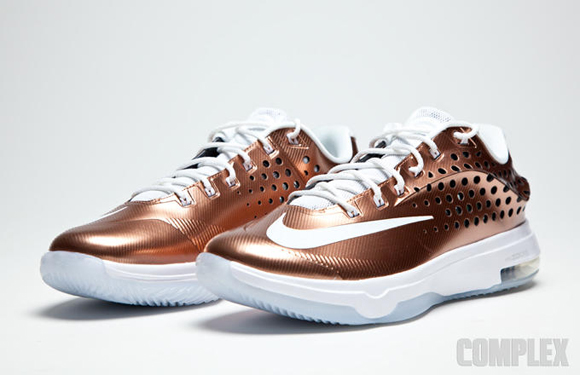 c46347ccc466 Nike KD 7 Elite EYBL Gets Up Close   Personal Along With A Release ...