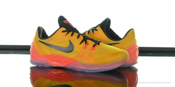 Nike Zoom Kobe Venomenon 5 'University Gold' Arriving at Retailers Now 1