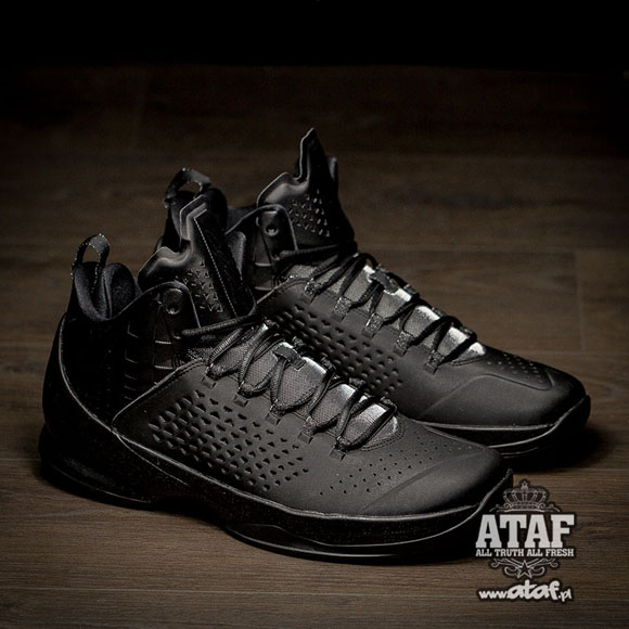 quality design 1bcd6 46ab5 ... The Jordan Melo M11 Finally Gets Murdered Out 4