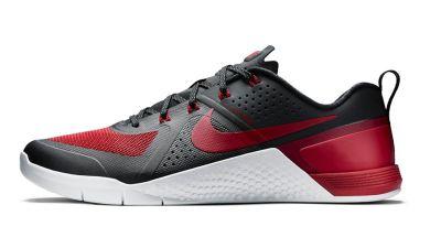 4d12b9f8fca Nike Metcon 1 Gets  Banned  Jordan 1 Color Treatment
