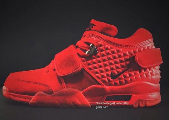 03949ec3bfa First Look at Victor Cruz s Signature Shoe