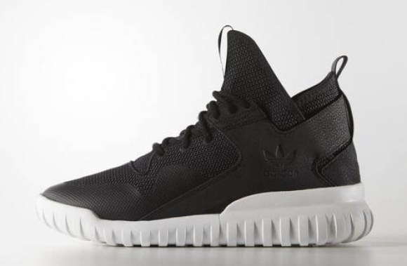 reputable site 3c7ff 3a98e adidas Tubular X black ...