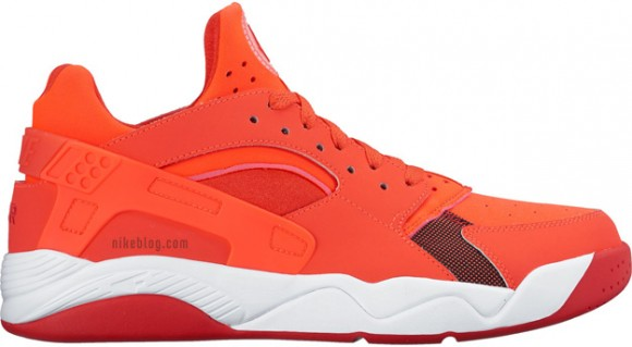 The Nike Air Flight Huarache Goes Low - WearTesters 54dfbe8b98