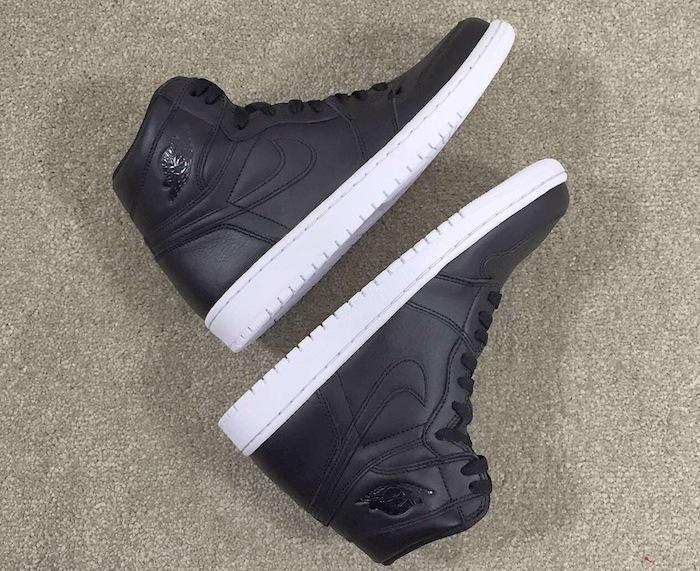 160b765e123865 2015 Air Jordan Retro 1 Hi in Black  White - WearTesters