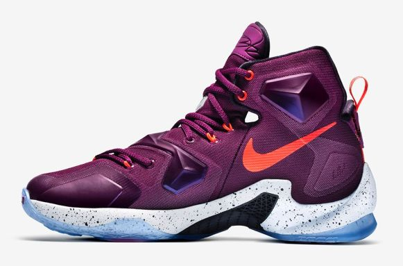 Nike LeBron 13 Written In The Stars medial side