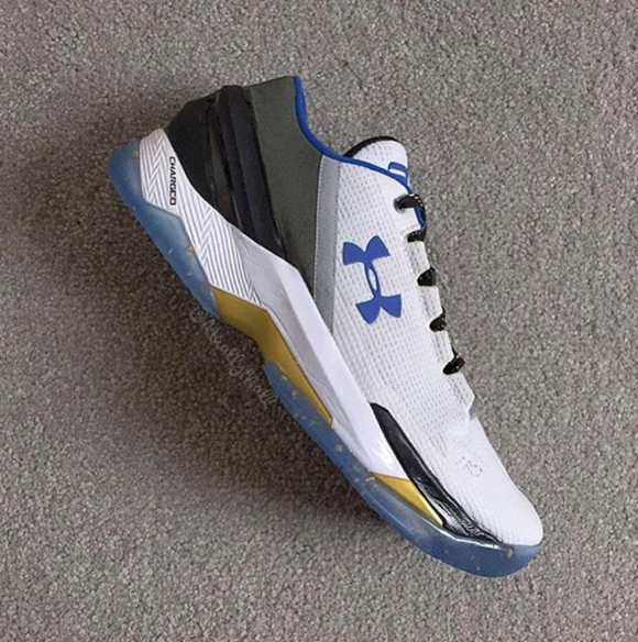 83b9e0ef0deb An Under Armour Curry Two Low for the Home Crowd - WearTesters
