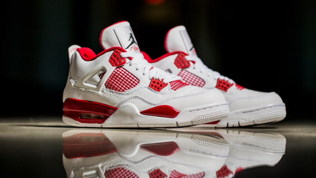 Get Your Best Look at the Air Jordan IV  Alternate 89  - WearTesters ac28b387d