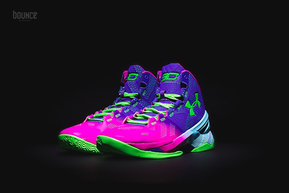 Get a Detailed Look at the Under Armour Curry 2 'Northern Lights' 7