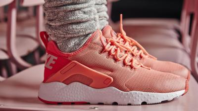 """sports shoes 21d03 84ee9 Less is more  The Nike Air Huarache Ultra   Releasing on 12 26. """""""