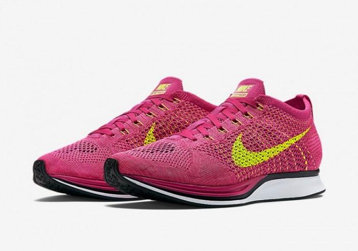 Nike Flyknit Racer Fireberry 1