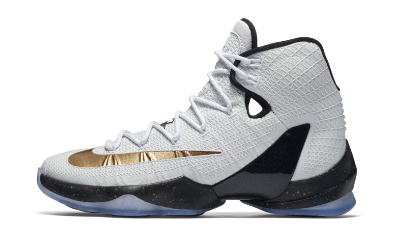 online store 638aa a7d1a Kiss the Ring in the Nike LeBron 13 Elite in Metallic Gold - WearTesters