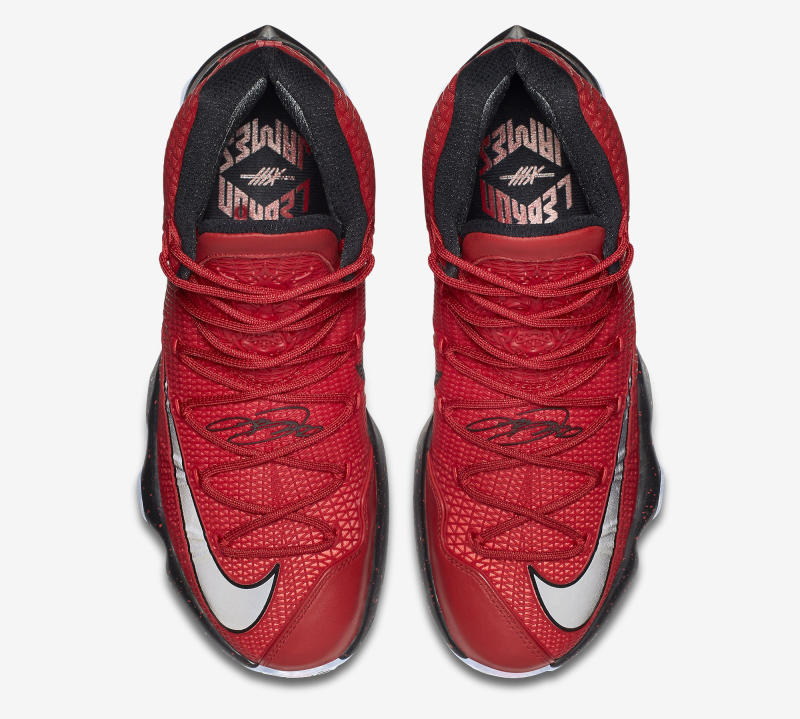 the latest a6e12 177ed ... Here is a Detailed Look at the Nike LeBron 13 Elite-5 ...