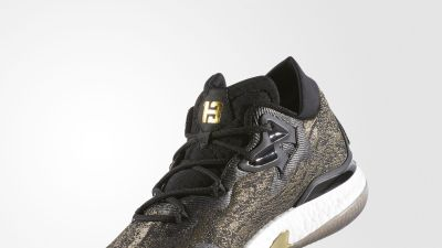 Adidas Crazylight Boost 2016 - Black-Gold-Angle