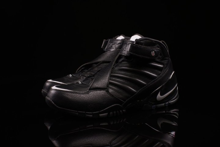 new styles 10e0a d04bc The Nike Zoom Vick III Arrives in  Triple Black -1