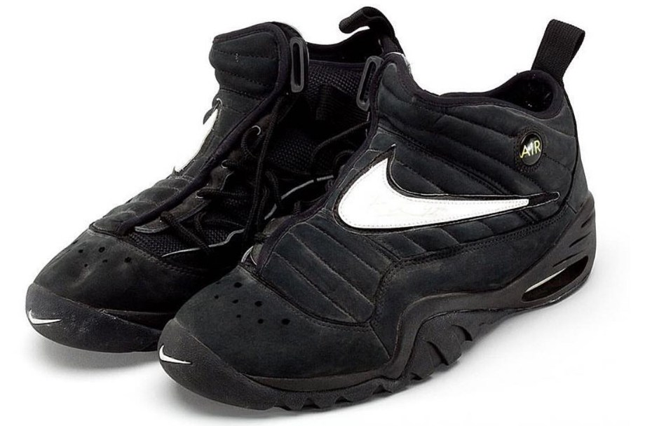 02079d044e55 The Nike Air Shake NDESTRUKT is Rumored to Return in 2017 - WearTesters
