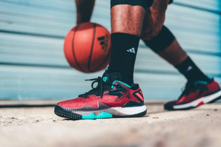adidas-heats-things-up-with-the-ghost-pepper-crazylight-2016-james-harden-pe-4