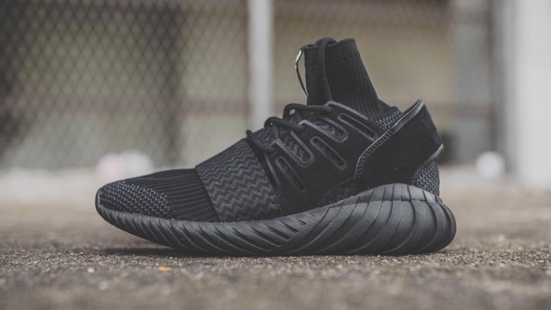 adidas tubular doom primeknit black 1