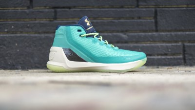 under armour curry 3 reign water 5
