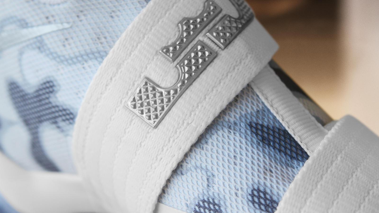 separation shoes f2069 0d63d Nike Zoom LeBron Soldier 10 White Camo NIKEiD Option 3