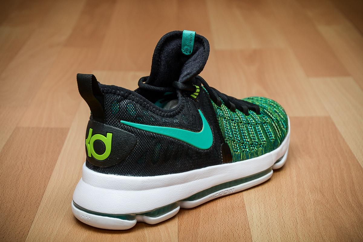 623a68c28d29 Jordan Brand   Kicks On Court   Nike   Performance Deals ...