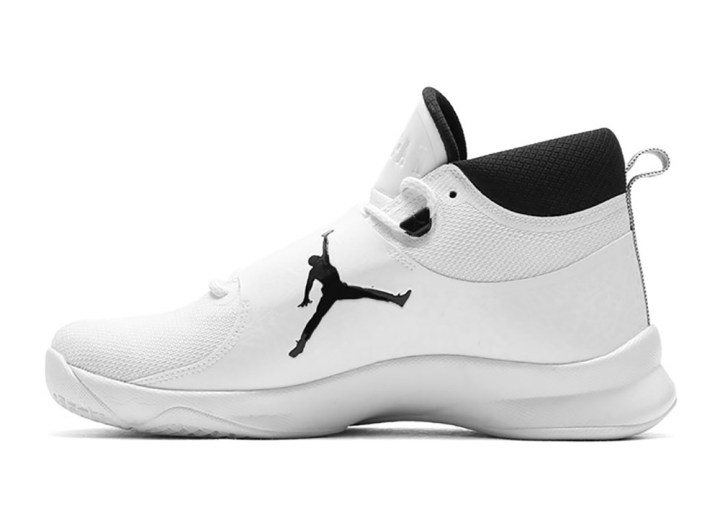 30474487ca036b Get a Detailed Look at the Jordan Super.Fly 5 PO - WearTesters