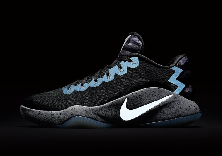 90a9c5a56cff This Colorway of the Nike Hyperdunk 2016 Features the Hyperdunk 2008 ...