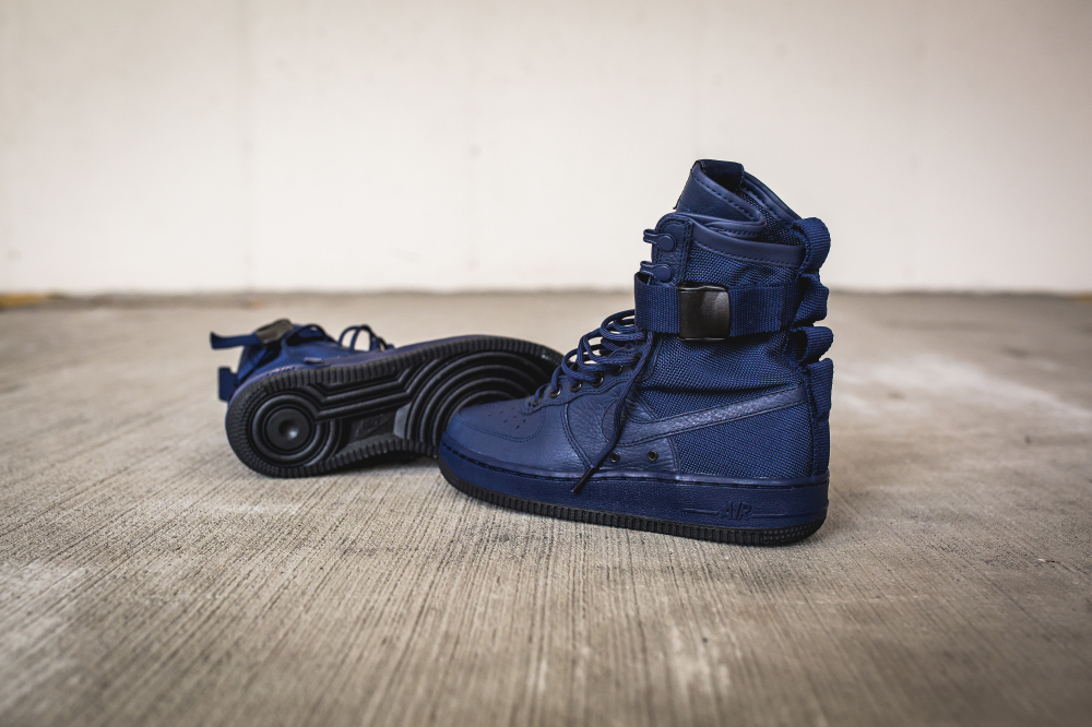 release date 280c8 5aa16 nike wmns sf af1 special field air force 1 binary blue 3