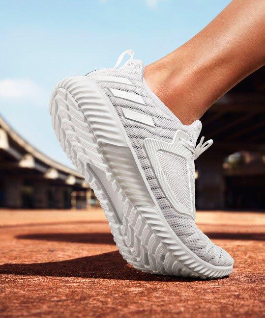 Adidas a brezza per tutta l'estate con il nuovo climacool