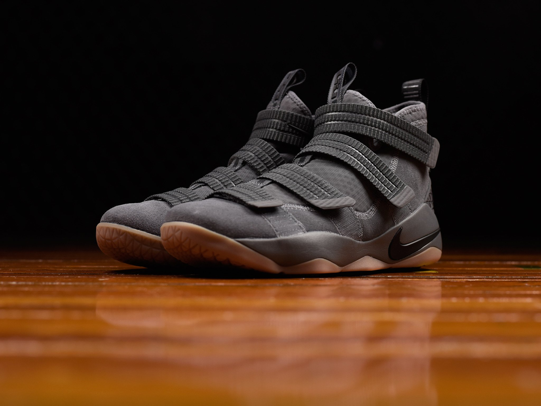 98645732b8a 2f3b2 5b51d  cheap the nike lebron soldier 11 has dropped in grey gum  weartesters c4b15 3e9dd