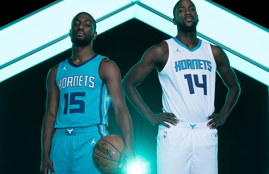 bac3fa1b6cae The Charlotte Hornets Unveil New Uniforms with the Jumpman Logo ...