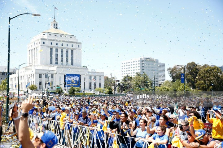 2017 warriors parade rally 1