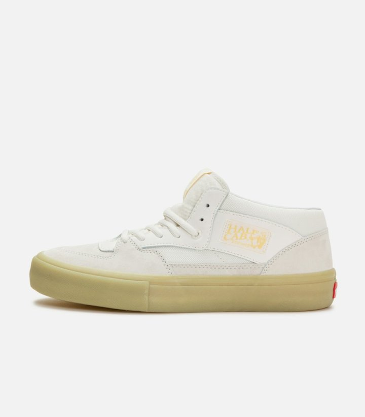 b0028da0cee Vans and Pyramid Country Drop Sell-Out Glow-in-the-Dark Collab ...