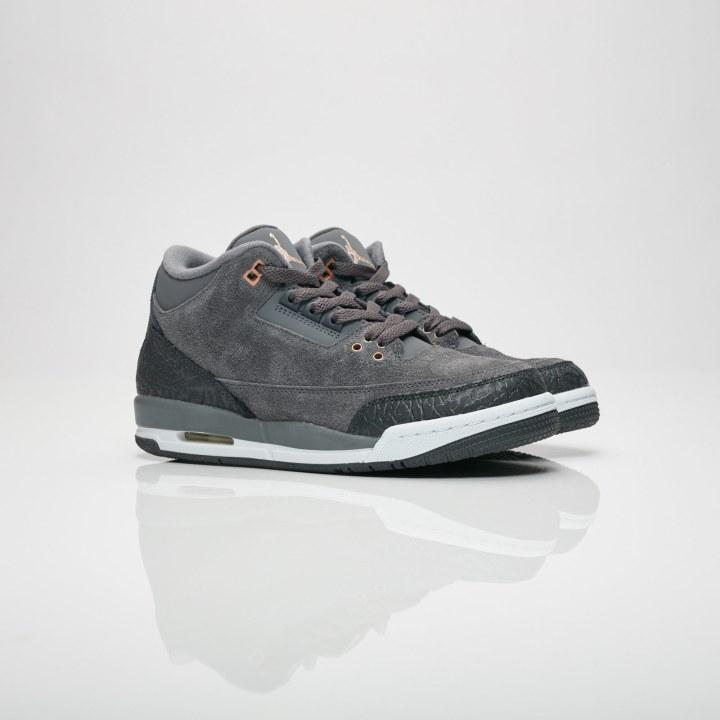 56ca0bebe6be The Air Jordan 3 Retro  Anthracite  Drops Saturday - WearTesters