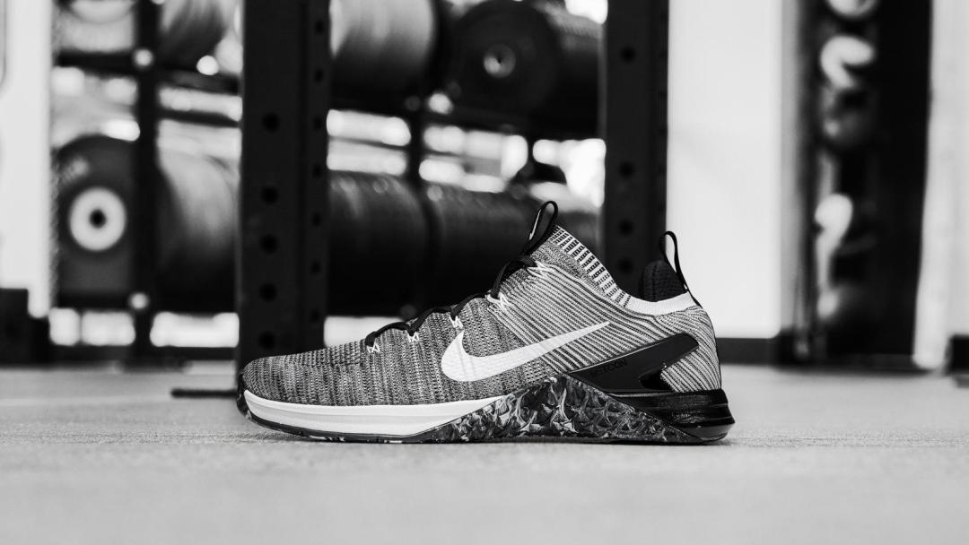 The Nike Metcon DSX Flyknit 2 Sheds Weight for December - WearTesters 89585d8cc