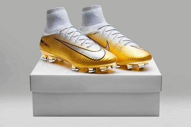 Ronaldo Boots