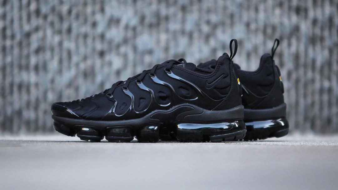948506d82715 Several Nike Air VaporMax Plus Colorways Drop at the End of January ...