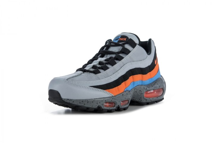 a31d141426a891 ... not this colorway will land Stateside but you can grab this new Nike  Air Max 95 Premium at overseas retailers like Füel