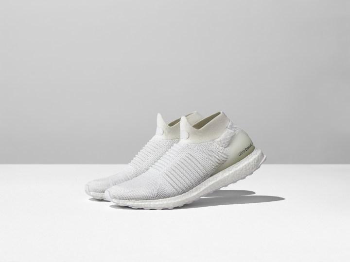 new product be7a2 83c9b adidas ultra boost laceless undye