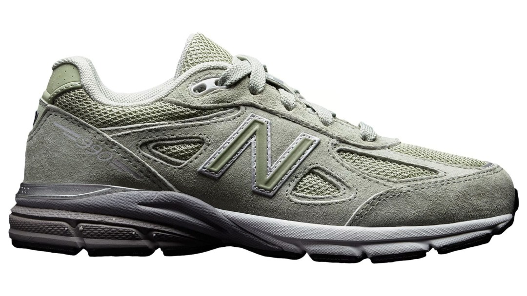 81995a4f0b2 New Balance Drops the Made in USA 990  Silver Mint  for Summer ...