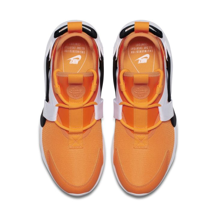 NIKE AIR HUARACHE CITY LOW ORANGE 2