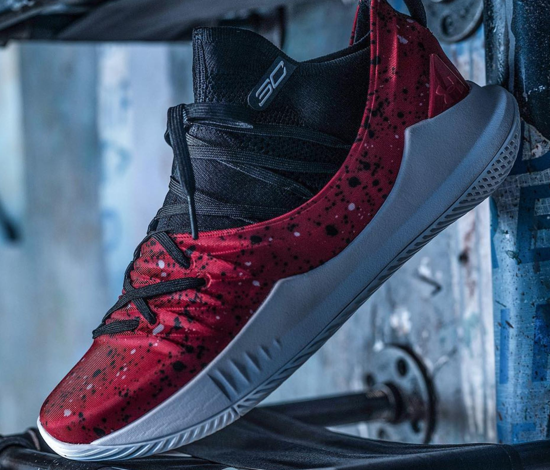 curry 5 hack of the week contest - WearTesters