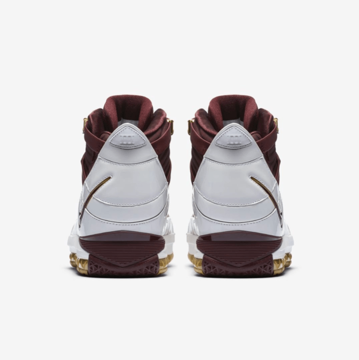 Nike Zoom LeBron 3 CTK QS official
