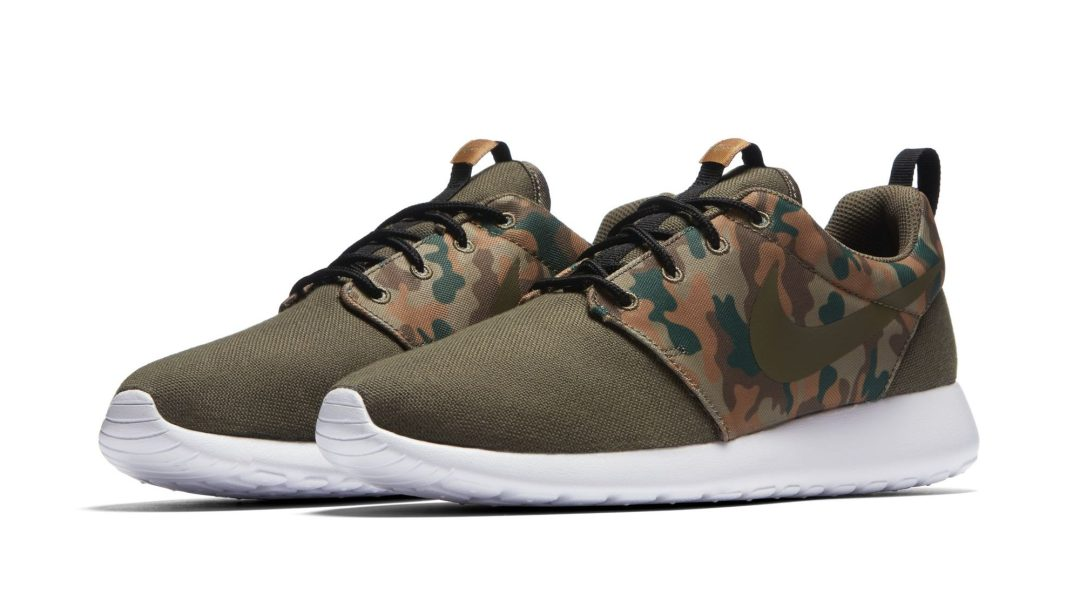 check out 66eae 70a07 The Latest Nike Roshe One SE Pack Uses Camo for Fall - WearTesters