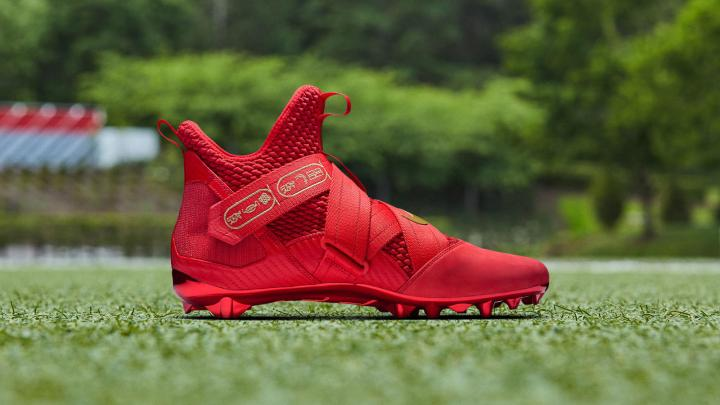 9fe484a4e1a9 Odell Beckham Jr. Turned the LeBron Soldier 12 Into a Cleat Last ...