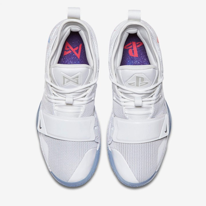 Yet Another Playstation Nike Pg 2 5 Surfaces Online Weartesters